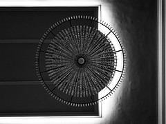 Center (Al Fed) Tags: 2016110923010702 center palace luxury forms geometry circle square light shadows mainz chandelier luster