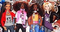 Too Cute (Dia 777) Tags: barbie dolls barbiedolls dia777 mydollcollection cutegirls cutedolls hangingout mbili lagerfeld