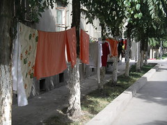 Laundry to the line (Ciska van Geer) Tags: china homes living town dry line laundry xinjiang urumqi appartments