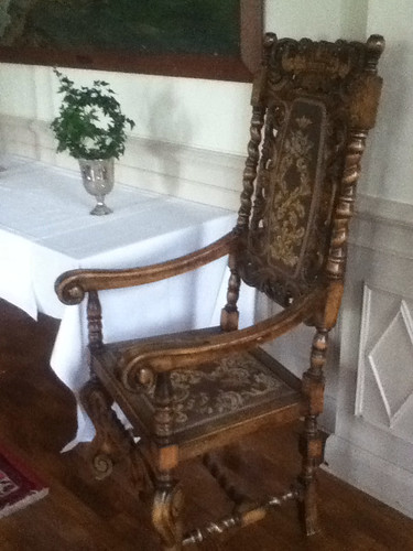 Castle's furniture photo 5