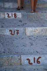 Blog: Diario de viaje Grecia 2013. Isla de Santorini, da 3: Akrotiri, Red Beach, Imerovigli, Puerto de Amoudi y atardecer en Oia (Iigo Escalante) Tags: trip travel viaje blue sunset sea summer vacation sun white holiday color blanco sol beach nature water azul canon landscape island greek atardecer photography islands mar photo agua holidays europa europe mediterranean mediterraneo diary playa paisaje atlantis santorini greece viajes grecia ia verano planet lonely turismo vacaciones islas geographic oia vulcano diario thira viajar fira guia volcan atlantida thera imerovigli akrotiri redbeach egeo griegas mational 2013 isladesantorini diariodeviaje puertodeamoudi atardeceroia