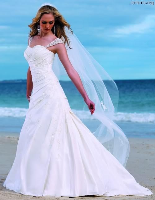 Vestidos de noivas com véu