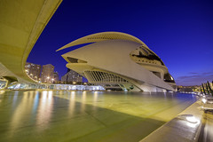 The Palau De Les Arts (Nazrie Abu Seman) Tags: travel valencia architecture canon spain exterior 14mmf28 bluehour curve avantgarde cityofartsandsciences samyang 5dmkii thepalaudelesarts