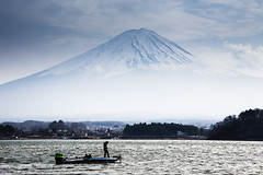 Fishing at Kawaguchiko (notjustnut) Tags: mist mountain lake japan landscape boat fishing fuji fujisan mtfuji yamanashi kawaguchiko kawaguchilake