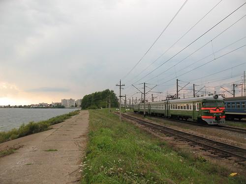 RZD ER9P-119 EMU Kazan and Volga river ©  trolleway