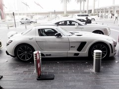 mercedes Benz SLS TUNED BY fab DESIGN with 607 bhp and Rolls Royce Wraith with 624 bhp in the back..