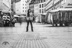 Kim & Julia (Alexander Kulla) Tags: portrait woman girl outdoor portraiture shooting frau franken nrnberg innenstadt