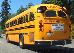 Bainbridge Island School District #01 1988 Crown (zargoman) Tags: county old travel school bus classic coach district north oldschool transportation crown bainbridgeisland kitsap highfloor