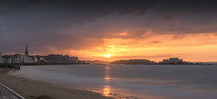 saint  malo (erwann.martin) Tags: france french saintmalo sea seascape sunligth littoral landscape ligth longue outdoor ocean ocan bretagne beach touristique tourism erwannmartin nikon nd