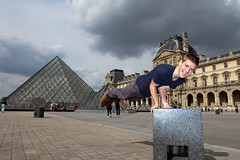 Fred at The Louvre (Mikey Down Under) Tags: thelouvre louvre art museum paris france francais