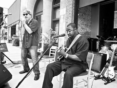 Street Scene :  Eddie Taylor Jr  ~ watch (Shein Die) Tags: eddietaylorjr streetscene candid streetphotography blackandwhite bw festival guitar mono