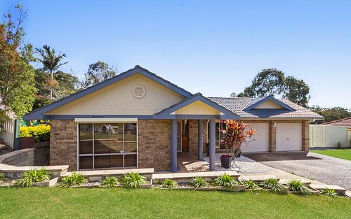 6 Lipton Close, Woodrising NSW 2284