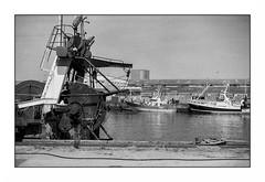 Lorient, zone portuaire (Punkrocker*) Tags: contax aria yashica lens 50mm 5014 ml cy film kodak trix 400 nb bwfp port harbor boat lorient anoriant morbihan bretagne brittany france