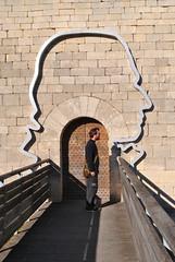 Entre du chteau de Lacoste, anciennement demeure du marquis de Sade. (Claudia Sc.) Tags: france provence lubron chteau porte sade lacoste marquis