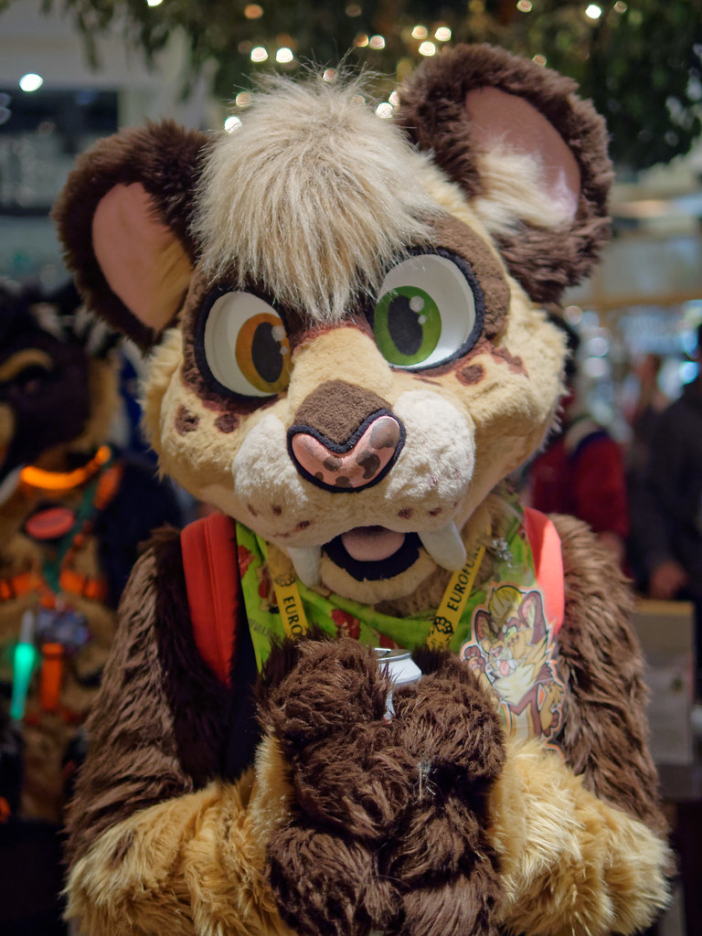 Eurofurence 2016 (Deeragon Entertainment) Tags pb sabertooth tiger fursuit fursuiter fursuiting furry ef22 & The Worldu0027s most recently posted photos of fursuiting and sabertooth ...