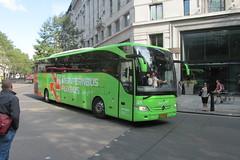 05-BDS-8, Aldwych, London, 21/09/16 (aecregent) Tags: londonbuses2016 aldwych london 210916 meinfernbus flixbus mercedes tourismo 05bds8