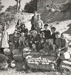 #Greek, Turkish and Armenian children posing together for a picture in Istanbul, 1930' [1280 × 1351] #history #retro #vintage #dh #HistoryPorn http://ift.tt/2eYHZj4 (Histolines) Tags: histolines history timeline retro vinatage greek turkish armenian children posing together for picture istanbul 1930 1280 × 1351 vintage dh historyporn httpifttt2eyhzj4