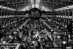 Mercado da Ribeira (Meculda) Tags: lisbonne lisboa mercado marché personne couvert monochrome repas restauration paysage blackandwhite