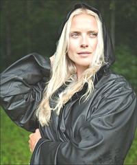 Rain (betrenchcoated) Tags: trenchcoat raincoat regenmantel beautifulgirl wet