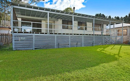 8 Linga Longa Road, Yarramalong NSW 2259