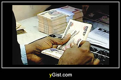 Naira now 470 to a dollar due to dollar scarcity (ygistnigeria) Tags: dollar rate finance financial system nigeria