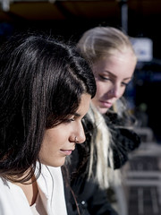 Nathalie & Jet, Amsterdam 2016: Pensive duo (mdiepraam (35 mln views)) Tags: nathalie amsterdam 2016 centraal station platform portrait pretty beautiful elegant dutch brunette girl naturalglamour bokeh blonde