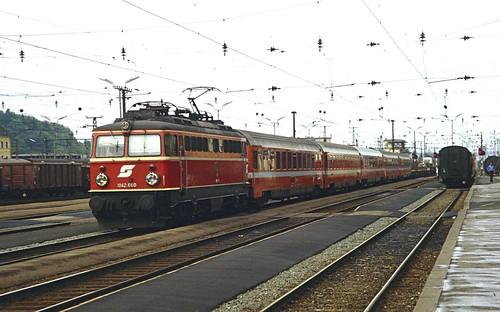 ÖBB electric loco 1042.660 Attnang-Puchheim