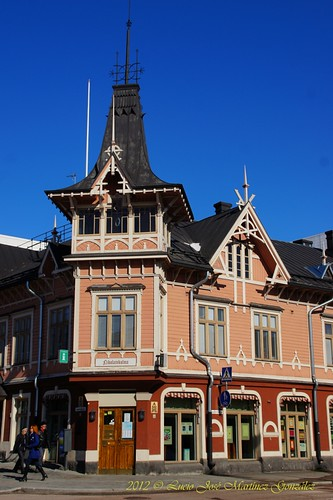"Jyväskylä: Tourist Office • <a style=""font-size:0.8em;"" href=""http://www.flickr.com/photos/26679841@N00/7066849929/"" target=""_blank"">View on Flickr</a>"