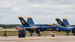 Blue Angels (ep_jhu) Tags: men standing airplane aircraft aviation military jet running airshow soldiers hornet boeing airforce attention usaf blueangels usnavy usn avion fa18 jsoh andrewsairforcebase aafb andrewsafb jointserviceopenhouse