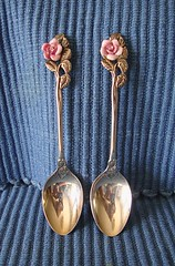 060512 Coffee Spoons 9535b 4x6 (edgarandron - Busy!) Tags: china cup cups saucer saucers royalalbert albertarose provincialflowers