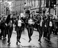 St Patricks Day London (Grngiant) Tags: street irish london blackwhite dancers candid jig stpatricksday