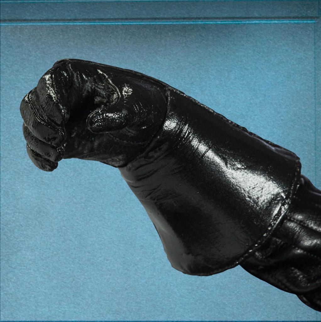 展示影片公開!SIDESHOW 史上最強、最豪華1/6 黑武士現身!