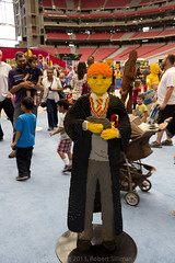Lego KidsFest - Ron Weasley (and Scabbers) (rob-the-org) Tags: iso200 lego harrypotter noflash 24mm 500 uncropped 250 westgate f50 kidsfest scabbers ronweasley glendaleaz 150sec universityofphoenixstadium fullsizefigures