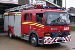 Isle of Wight - HW05AAZ - Freshwater - T09P1 (matthewleggott) Tags: rescue fire mercedes engine service isle appliance wight jdc hw05aaz
