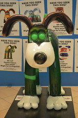 The Green Gromit (CoasterMadMatt) Tags: 2013 august summer coastermadmatt photos photography photographs britain british greatbritain great unitedkingdom uk united kingdom england english gromitunleashed gromit unleashed sculptures sculpture art artwork models statues gromits aardman charity exhibition publicexhibition cribbscauseway cribbs causeway shopping park shops themall mall mallcribbscauseway wallaceandgromit wallace greengromit green zaynmalik zayn malik