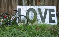Bicycle Love - Raleigh Misceo 1.0. My new bicycle leaning against an old Barn in Vermont. (Len Radin) Tags: bicycle barn vermont love drurydrama radin raleighmisceo raleigh misceo shimano urbantrail hybrid bike 24speed loving loves bicyclelove lovebicycle lovingbicycle pownel waterbottle loveletters wordlove lovebarn hybridbicycle like passion grass farm rural lovecycle cycle devotion lust infatuation amour appreciation الحب 爱 liebe amore bicicletta 自行车 cykel vélo אופניים ποδήλατο велосипед साइकिल g دراجة fiets fahrrad 自転車 bicicleta xe đạp signoflove lovesign