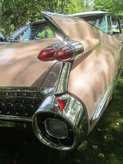 Cadillac Sedan de Ville - 1959 (MR38.) Tags: sedan de tail cadillac fender fin ville 1959