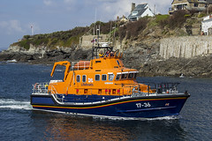 RNLB (goose1041) Tags: blue sea orange water canon boat seaside harbour wave porthleven 60d rnlb