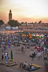 Jemaa el Fna - Marrakesh (JoeyHelms Photography •2.5MViews&10kFollowers•) Tags: africa street sunset people photoshop canon shopping photography market north morocco arab 7d marrakech medina marrakesh arabian lightroom joeyhelms joeyhelmsphotography