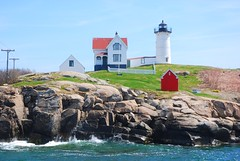Nubble Light - Cape Neddick Lighthouse (guyfogwill) Tags: guyfogwill america lighthouse maine usa capeneddicklighthouse nubblelight york unitedstates guy fogwill phare fyr maják fyrtårn vuurtoren faro leuchtturm маяк 灯塔 灯台 latarniamorska