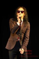 John Cooper Clarke (Maria Spadafora (@BloodyNoraDJ)) Tags: johncooperclarke drjohncooperclarke drjohn toriagarbutt afirmofpoets mikegarry poetry poet performancepoet punkpoet punkpoetry punk monochrome morleyliteraturefestival morley morleyartsfestival morleytownhall festival morleyartsfestival2016 performance performanceart performingarts performers spokenword
