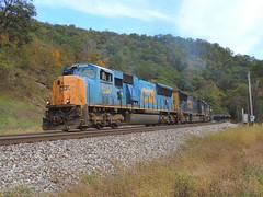 CSX 4723 (Trains & Trails) Tags: railroad fairhope pennsylvania somersetcounty fall october csx train widecab yn3 engine darkfuture 4723 sd70mac emd q37511 locomotive diesel transportation autumn
