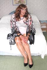 Colskimpytop (fionaxxcd) Tags: transvestite trannie tranny m2f mtf crossdresser crossdressing bra wolford tights pantyhose