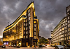 Chilehaus (Explored 31.10.2016) (fotoerdmann) Tags: chilehaus thorstenerdmann archtektur stadt nachtaufnahme norddeutschland 2016 fotoerdmann deutschland germany outdoor hamburg