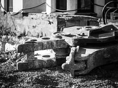 Steinbeier (-BigM-) Tags: deutschland germany gppingen fils bigm kreis stadt town city baustelle construction site apostel hotel equipment steel stahl eisen iron doppelt i trger