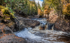 Cascade Falls (Paul Domsten) Tags: cascaderiverstatepark minnesota pentax river water trees creek stream waterfall landscape beauty northshore
