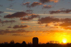 Tower (ArtGordon1) Tags: northwoodtower silhouette silhouettes sunset winter november 2016 walthamstow e17 london england uk evening weather sky clouds cloud davegordon davidgordon daveartgordon davidagordon daveagordon artgordon1