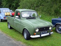 1976 Renault 4 Quatrelle pickup (Davydutchy) Tags: show holland classic netherlands car june ride pickup renault friesland r4 2012 joure fryslân vroem quatrelle