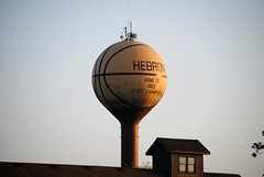 Hebron Illinois (Cragin Spring) Tags: basketball rural illinois midwest watertower il highschool smalltown hebron mchenrycounty hebronil hebronillinois mchenrycountyil