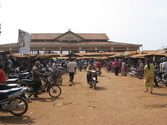 Ban Lung market in Ratanakiri, Cambodia (mbphillips) Tags: cambodia mbphillips canonixus400